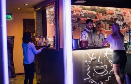 Katusekohvik lounge & restaurant in Tallinn
